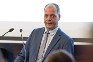John-Erik Jansson (C) är kommunalråd i Söderhamn och han förespråkar LOV i matdistributionen till hemtjänstens kunder.