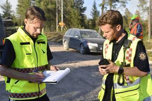 Peter Bäcke och Johan Szymanski var räddningsledare för den stora skogsbranden på Älvdalens skjutfält i somras.