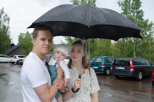 Jesper Åqvist, Denise Ernlund och sonen Levi blev nyligen listade hos Falu vårdcentral.