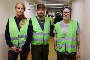 Sara Hansson, Mikael Stenberg och Elin Lagerqvist inne på Missing peoples sambandscentral i Birsta.