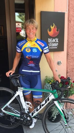 Janet Olsson, restaurangchef Blackstone Steakhouse i Falun, deltar i årets Ride of Hope för att samla in pengar till Barncancerfonden.