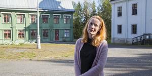 Länsmuseet vill hyra ut byggnader runt torget i friluftsmuseet Murberget till företag. Jenny Samuelsson vill se liv och rörelse för att besökare ska få en helhetsupplevelse.