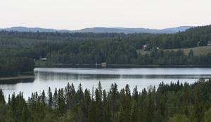 Vimmarvattnet, eller Vimmervattnet som det kallas av ortsborna, har haft flera olika stavningar och uttal under de gångna åren.