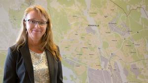 """Det har klubbats en tuffare skrivning när det gäller mark- och anvisningspolicyn i Södertälje – något som Eva Källander uppskattar. """"Det ligger i tiden skulle jag vilja säga."""""""