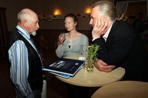 Alf Östberg finns med i boken om Sonfjället här diskuterar han boken med fotografen Tina Stafrén och skribenten Clas Ahlström.  Foto: Håkan Degselius; Tina Stafren