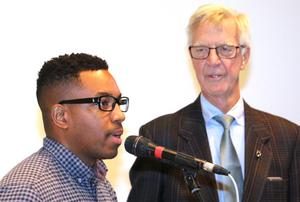 Folkhälsoutvecklaren i Lekebergs kommun, Adrian Hosford Donovan och Henrik Hult, socialnämndens ordförande som inledde dagen.