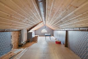 Här finns plats för ett extra sovrum. Bild: Carlsson Ring Fastighetsmäklare.