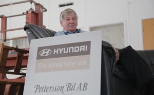 Även om firman har drabbats av två inbrott på ett halvår känner Stig Pettersson en lättnad över att vid halvårsskiftet få lämna bilfirman som han övertog helt efter pappa Svens död 1982.