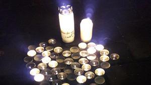 På måndagskvällen hölls en ljusmanifestation på Stora Torget i Falun för att uppmärksamma självmord och psykisk ohälsa.Foto: Privat