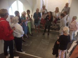 Nynäshamns konstförening åkte till Stockholms stadsmuseum, som har öppnat igen efter en längre tids renovering. Foto: Privat