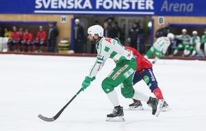 Magnus Joneby och VSK hängde med Edsbyn väldigt starkt – men bara i en dryg halvlek.