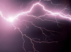 – I Västerdalarna är det störst risk för åskoväder och regn, säger Ian Engblom, meteorolog på Foreca. Foto: SCANPIX