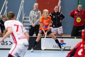 Jonna Sjöberg har gjort 15 poäng på 21 matcher den här säsongen enligt den officiella statistiken. Men många av matcherna har hon tvingats se från bänken eller bara spelat sporadiskt på grund av alla sjukdomar som tagit på orken.