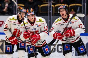 En trio unga som ska ta steg i vinter, Glenn Gustafsson, Viktor Lodin och Gustav Backström.  Foto: Ola Westberg/Bildbyrån