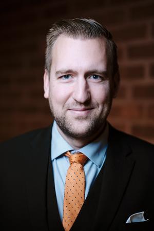 Nicklas Åkerberg Salmin (L), 35 år, Norrtälje. Kommunfullmäktiges valberedning, Val- och demokratinämnd.