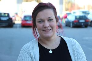Malin Falck, ordförande i Psoriasisförbundet i Gävleborg, fick psoriasis när hon var i tonåren. En svår period, minns hon.