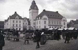 Stadshotellet ritades av Erik Hahr som var stadsarkitekt 1090-1935. Foto: Ernst Blom, Västmanlands läns museum