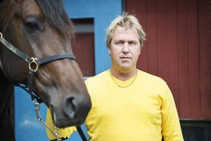 Markus Pihlström är inte nöjd med de sena starttiderna för V75  Foto: Arkiv