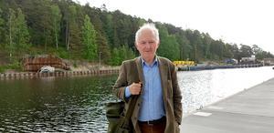 Bengt af Klintberg vid kanalen i Södertälje.