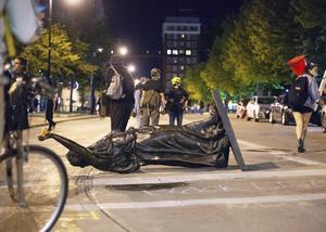 En staty i Wisconsin, USA, har vandaliserats. Foto: TT