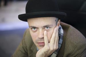 Isländska författaren Eiríkur Örn Norðdahl fotograferad under bokmässan i Göteborg.