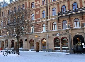 En vanlig vardag i februari finns det ingen torghandel på Stora torget i Sundsvall.