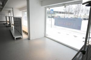 I en del av skyltfönstren ska det bli möjligt för besökare att testa leksaker och Ander Lokgård tänker sig kunna arrangera event inne i butiken.