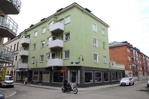 I det här huset ligger Sundsvalls dyraste lägenhet, nyproduktion borträknad. 38 709 kronor per kvadrat kostade den i januari 2017.