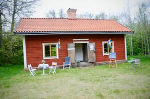 Här i Bykhuset går det att ta emot gäster trots rådande coronapandemi menar Anna Zandén.