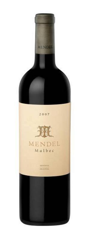 Mendel Malbec 2007 (94032) passar utmärkt till köttstek, 169 kronor.