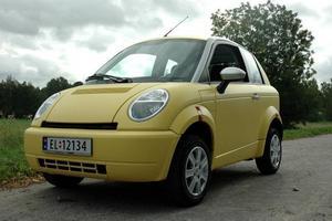 Miljövänlig elbil. I april räknar man med att ha valt ut 20 testpiloter till elbilen.