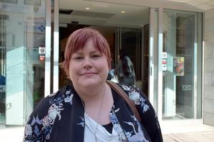 Britt-Mari Ahlqvist, 30, hudterapeut, Umeå: