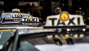 Skribenten vill se bättre trafikvett från taxibolagen. Bild: Lars Pehrson/SvD/TT