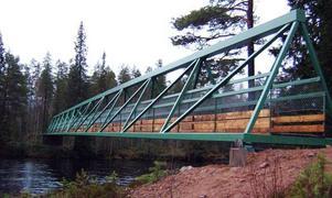 Rustad bro. Kungsledsbron över Görälven har rustats upp för 1,5 miljoner kronor av Naturvårdsverket.