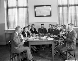 Konsumpersonal utbildas på Kävesta folkhögskola 1937. Foto: Eric Sjöqvist/Örebro stadsarkiv