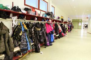 Hidinge skola och en av korridorerna under lektionstid.Foto: Peter Eriksson/Arkiv