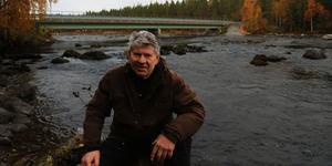 Leif Milling har spenderat mycket tid här, på favoritplatsen vid Idsjöströmmen som är en del av Gimån.