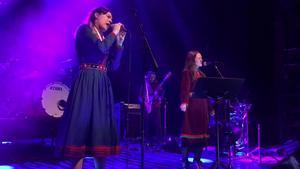Katarina Barruk och Marja Fjellheim Mortensson under konserten.