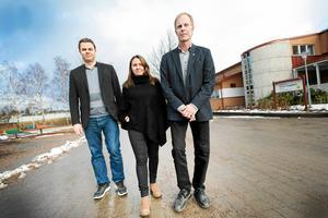 Samarbetet har fungerat bra mellan Hans Backman, L, Linda-Marie Anttila, S, och Hans Larsson, C. Det menar kommunalrådet Linda-Marie Anttila.