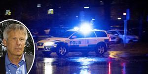 Enligt kriminalinspektör Peter Sverdfelt vid Norrtäljepolisen är flera personer misstänkta för delaktighet i det grova personrånet i Rimbo på tisdagskvällen.
