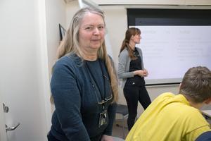 För tjugo år sedan var Lena Menkens, lärare, med och startade samarbetet med den tyska skolan. Hon betonar att föräldrar också gör stora insatser vid utbytesresorna.