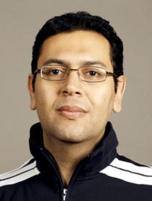 Ahmed El-Gody från Örebro följer händelseutvecklingen i hemlandet Egypten.  Bild: Örebro universitet
