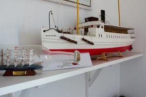 """S/S Bohuslän var den första båtmodellen Leif byggde. """"Då hade jag aldrig ens varit i Göteborg. Den var lämplig att börja med på något sätt. Lättbyggd, ingen rigg."""""""