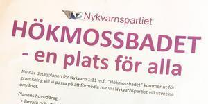 Nykvarnspartiet har satsat på en informationskampanj för att förklara sina idéer med att bygga bostäder vid Älgbostad/Hökmossbadet.