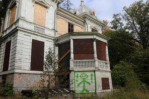Villa Sjötorp är i dag i dåligt skick. Nu ska huset dokumenteras med 4D-teknik. Bild: Roger Wallenius