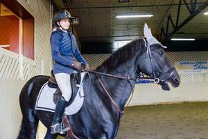 Josefin Sundström från Brunflo Ryttarsällskap med hästen Washington.