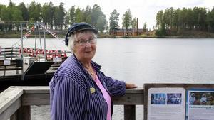 I nästan 20 år har Beth Söderkvist guidat på Oljeön i Ängelsberg.