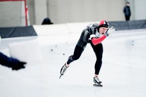 Johan Röjler gjorde sitt 14:e och sista VM och sitt tredje och sista OS redan 2010, för åtta år sedan, men tävlar fortfarande och tog SM-medaljer så sent som i januari. På lördagen blev han tvåa i SK Winners avslutningstävling efter att ha noterat 15.21,74 på det avslutande 10 000-metersloppet.
