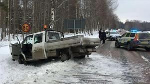 Biljakten pågick under elva mil innan den slutade i ett dike. Bild från polisens förundersökning.