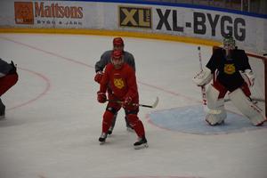 Niki Petti är tillbaka i Mora IK och tränade sitt första ispass under söndagen.